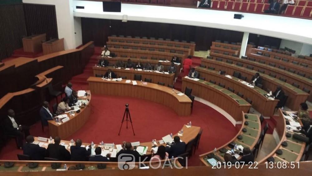 Côte d'Ivoire : Assemblée nationale, des députés de la CRSTE refusent de voter un projet de loi portant ratification d'une ordonnance parce qu'il n'a pas été promulgué