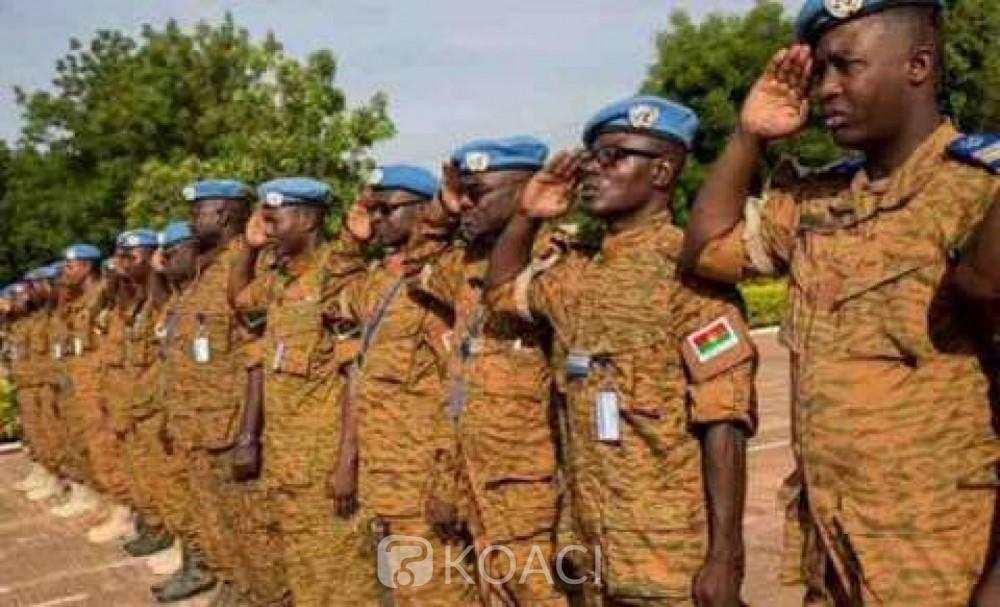 Burkina Faso : Tirs dans un camp militaire, un « ressentiment »  des soldats après l'attaque de Koutougou selon le gouvernement