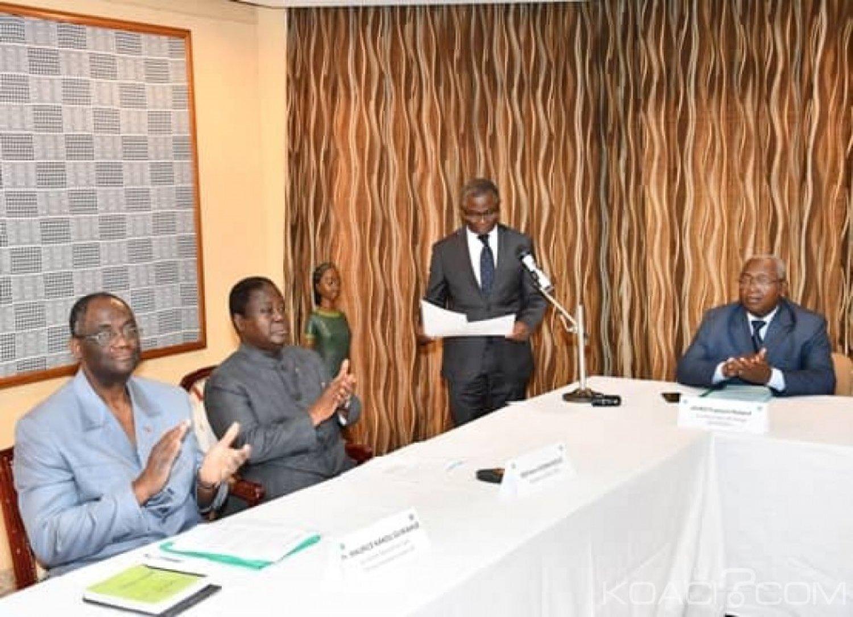 Côte d'Ivoire :  Bédié remet la feuille de route de 2019 du PDCI-RDA au secrétariat exécutif et compte sur lui pour l'exécution de l'ensemble de ses instructions