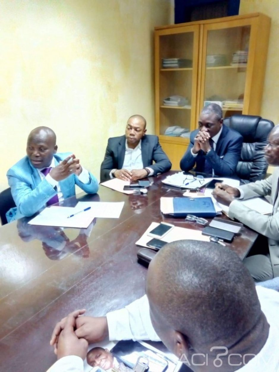 Côte d'Ivoire : DGI, des syndicats affirment que 240 agents payés à ne rien faire par le contribuable gonflent les effectifs et annoncent une grève en mars