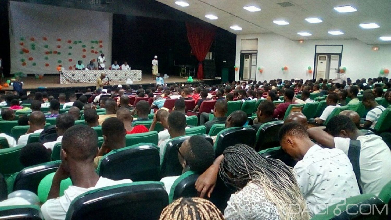 Côte d'Ivoire : Pour les préparatifs de son congrès, des étudiants de Bouaké charmés par des émissaires du RHDP