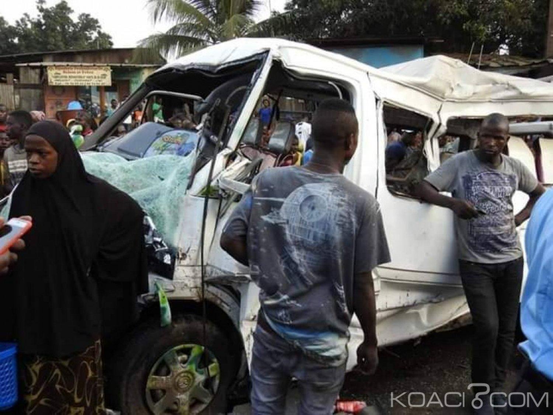Côte d'Ivoire : Collision entre un Gbaka et un camion remorque sur la voie expresse Abobo-Adjamé, 23 victimes dont 1 décès