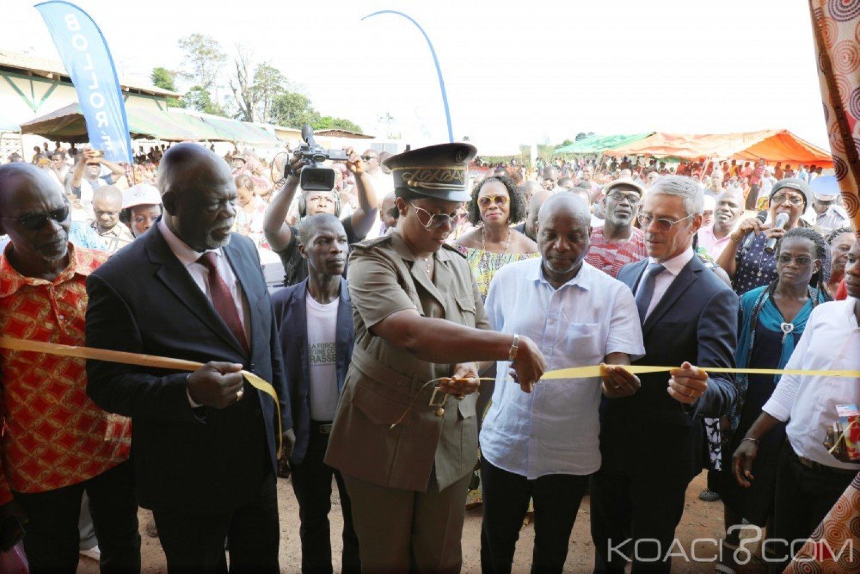 Côte d'Ivoire : Mécénat, Bolloré Transport & Logistics équipe une école et le dispensaire de Gaoulou