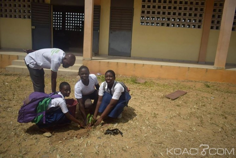 Côte d'Ivoire : Yopougon, lutte contre la déforestation, les élèves plantent plus de 250 arbres au lycée des jeunes filles