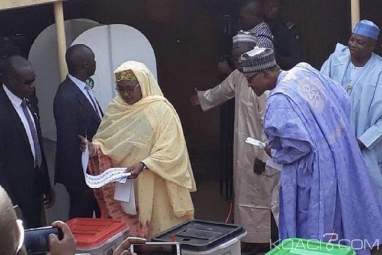 Nigeria : Présidentielle, vote de Aisha, le curieux regard de Buhari qui crée une polémique