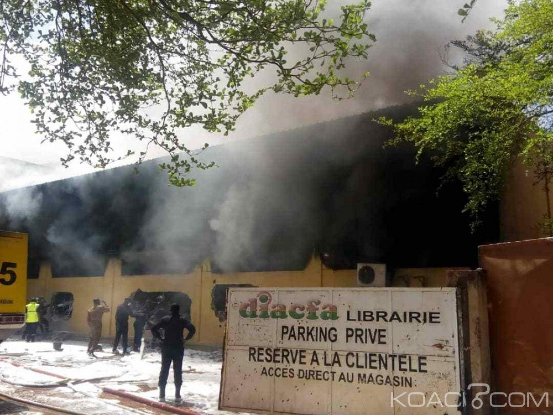 Burkina Faso : Deux blessés dans l'incendie d'une grande librairie à Ouagadougou