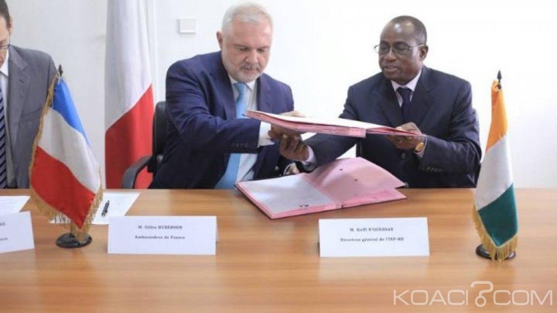 Côte d'Ivoire : Le consulat de France et l'INPHB signent  un accord en vue de faciliter la délivrance des visas aux enseignants