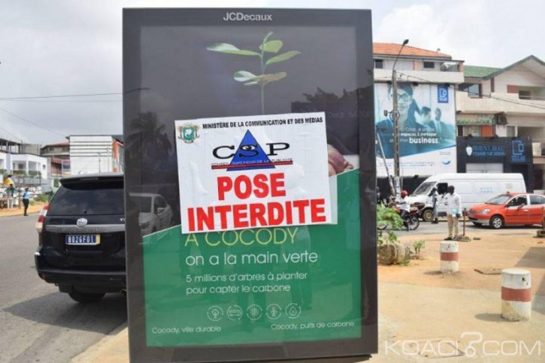 Côte d'Ivoire : Des panneaux publicitaires vont être détruits pour mettre fin à l'anarchie dans  le District  d'Abidjan