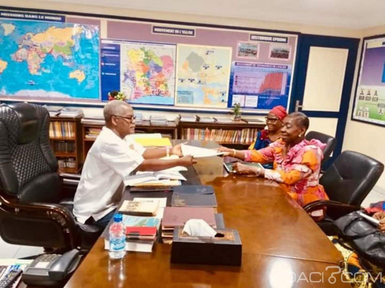 Côte d'Ivoire : Bro Grébé chez Dion Robert pour parler de la promotion de la réconciliation et la mutation des mentalités