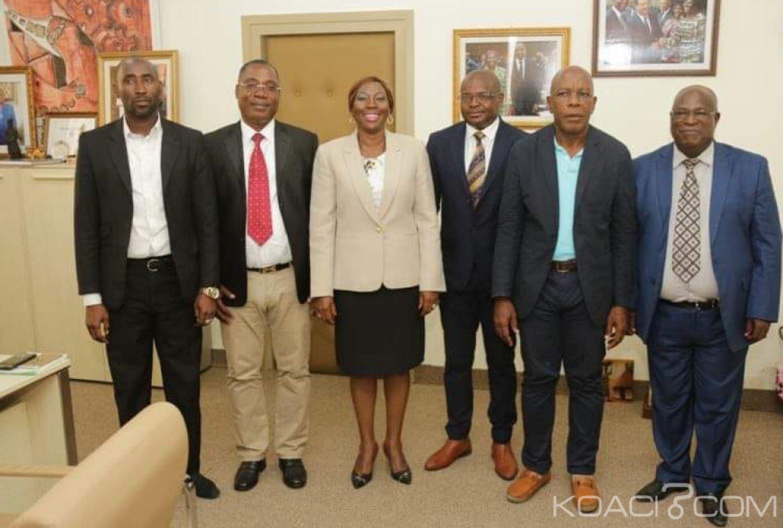 Côte d'Ivoire : Les enseignants qui ont repris les cours depuis lundi verront leurs comptes dégelés, assure la ministre Kandia