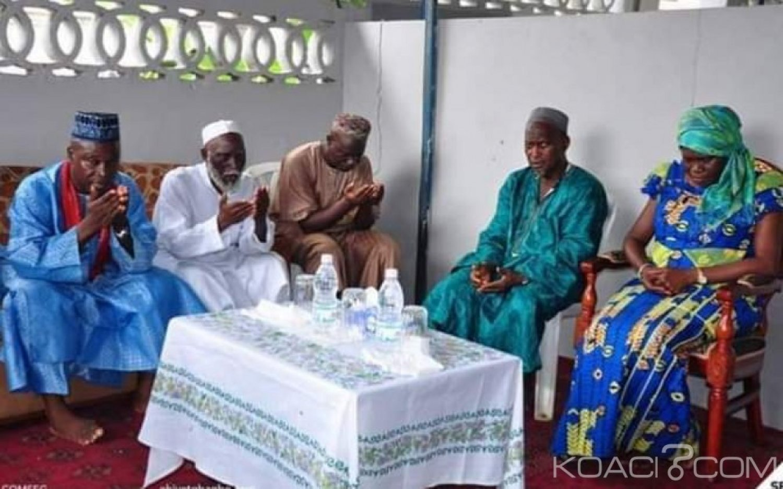 Côte d'Ivoire : À Yopougon, Simone rencontre le front Oummat islamique pour parler de la réconciliation