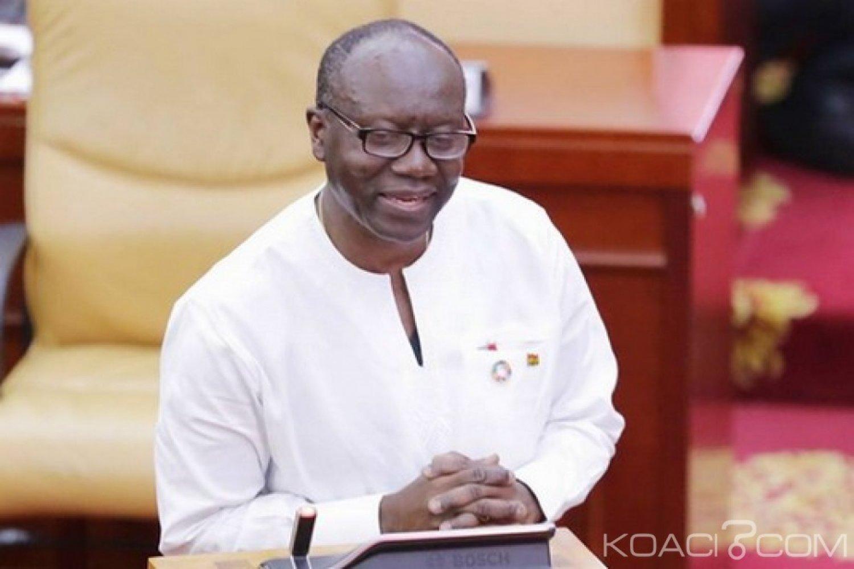 Ghana : Promesse d'une santé financière pour le Cedi