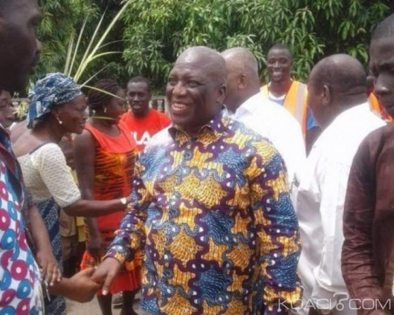 Côte d'Ivoire : Revenu d'exil, Lazare Koffi chez ses parents, un meeting de Simone Gbagbo prévu
