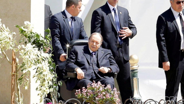 Algérie  : Bouteflika va remettre les rênes du pouvoir mais restera «président» après l'expiration de son mandat