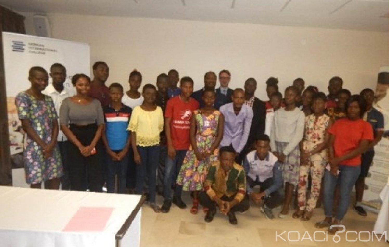 Côte d'Ivoire : Des élèves ivoiriens passent le test de présélection pour des études universitaires en Allemagne