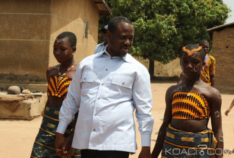 Côte d'Ivoire : En tournée dans le Hambol, Soro constate qu'il n'y a pas d'école dans le village de Kapélé