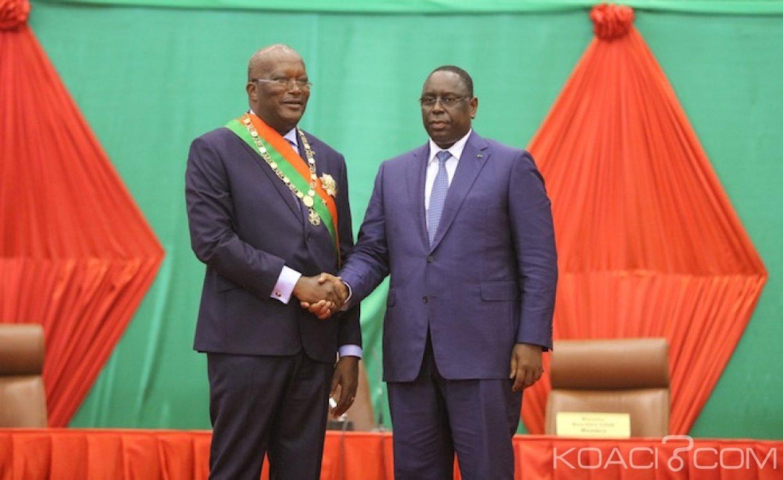 Burkina Faso : Le président Kaboré à Dakar pour l'investiture de Macky Sall