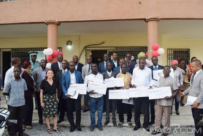 Côte d'Ivoire : Lutte contre la déforestation, 70 millions de FCFA offerts à 10 villages et 10 motos à 5 ONG dans la région de la Mé