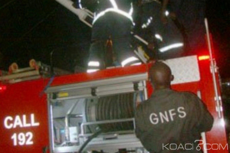 Ghana : Des sapeurs-pompiers furieux contre des journalistes pour un accident devenu « Poisson d'avril »