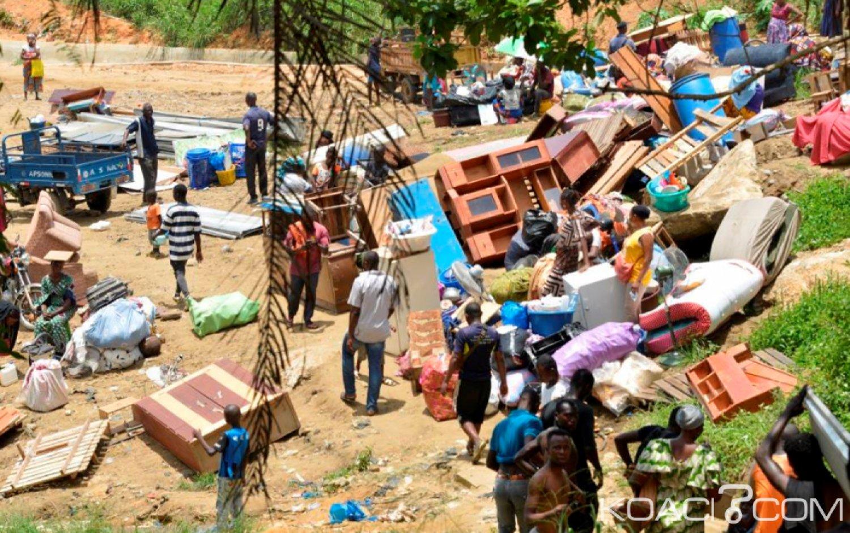Côte d'Ivoire : Yopougon, les déguerpis du banco-Andokoi ont  bloqué  la circulation sur l'autoroute