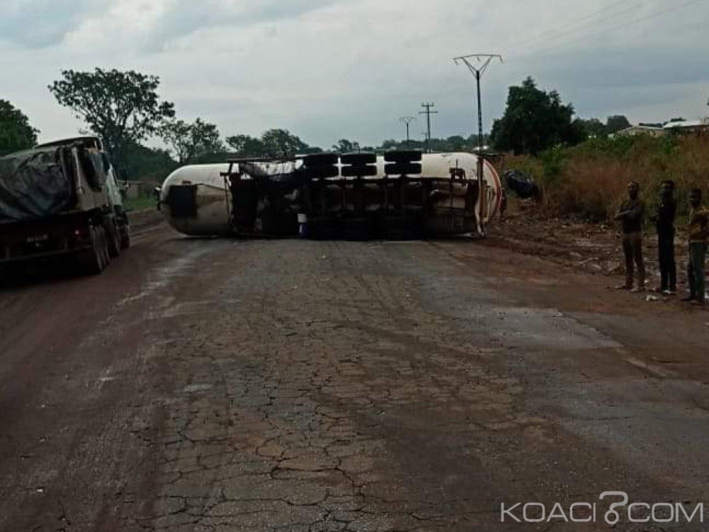 Côte d'Ivoire: Accident de circulation, une citerne se renverse sur la chaussée