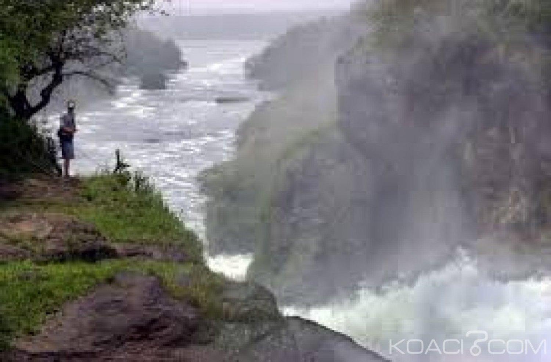 Ouganda  : En voulant prendre un selfie , un touriste saoudien tombe dans le Nil et se noie