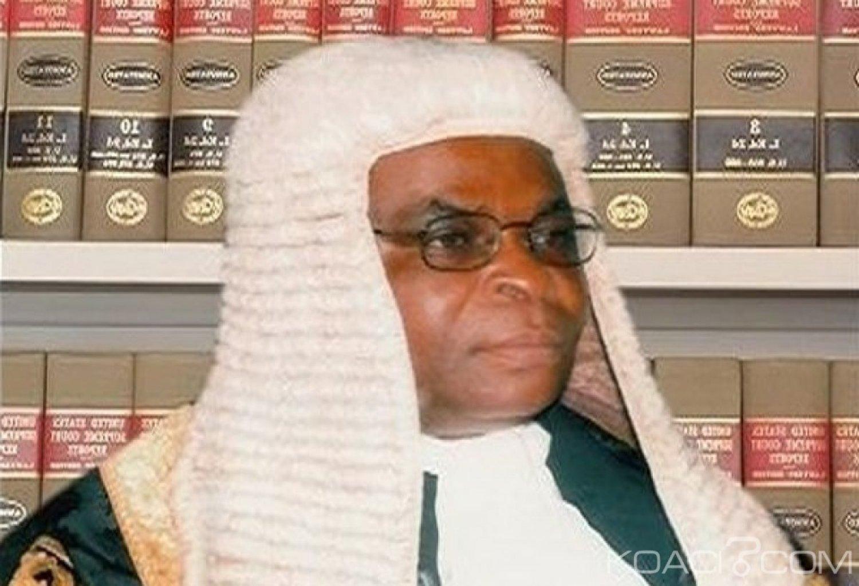 Nigeria: L'ancien président de la cour suprême suspendu pour 10 ans pour  corruption