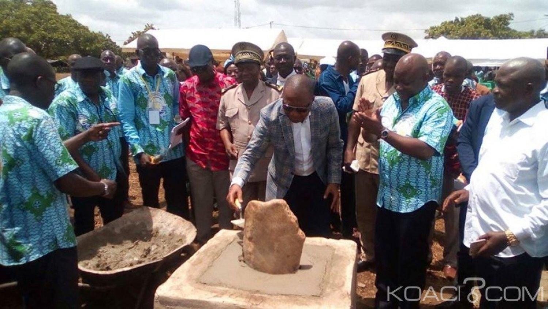 Côte d'Ivoire : Annonçant un gisement dans un village du Gbêkê, deux ministres célèbrent la Pà¢ques entre inauguration et pose de première pierre