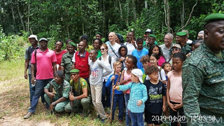 Côte d'Ivoire : Agboville, les USA annoncent la création d'un sanctuaire de chimpanzés dans la forêt classée de Yapo-Abbé sise à Azaguié