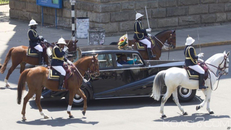 Zimbabwe: Pour éponger une dette, des véhicules de Mugabe vendus aux enchères