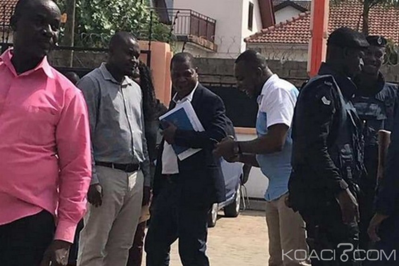 Ghana :   Le NCA ferme deux radios pendant une émission en direct et s'explique