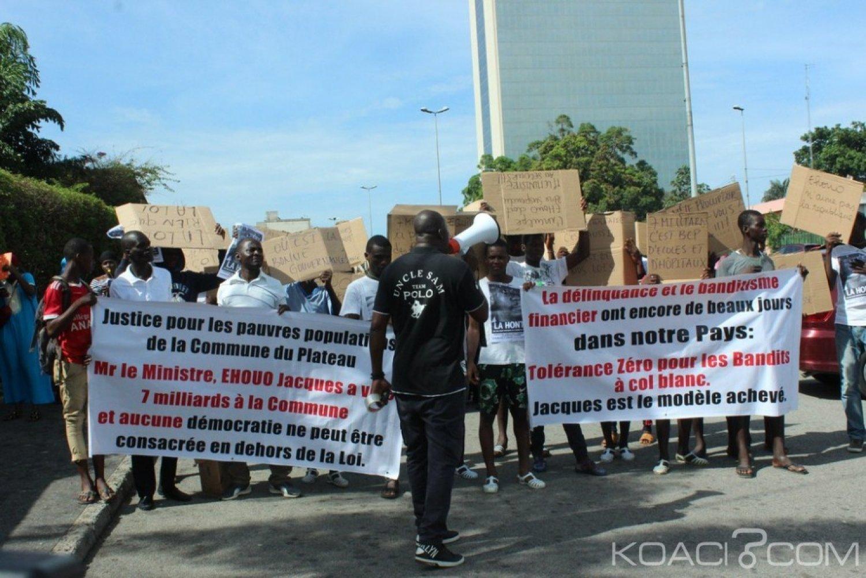 Côte d'Ivoire: Plateau, manifestant pacifiquement pour la suspension de Jacques Ehouo, plusieurs jeunes gazés et arrêtés par la police