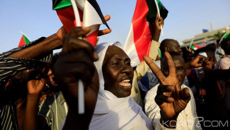 Soudan: Les chefs militaires et les manifestants s'accordent pour une transition de trois ans