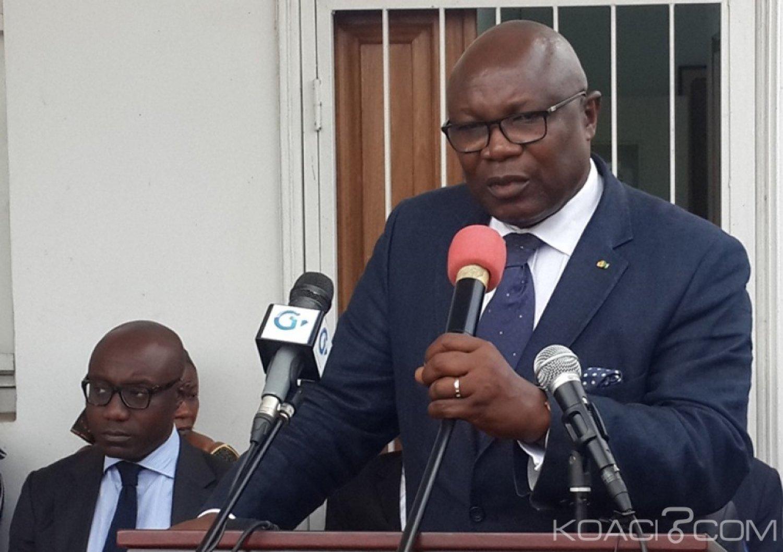 Gabon: Affaire de vol de Kevazingo, Ali Bongo vire le vice-président et le ministre des forêts