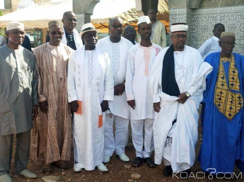 Côte d'Ivoire : Plus de 200 imams prient à Daoukro et Yamoussoukro pour la paix, la stabilité et la cohésion de la famille des Houphouëtistes