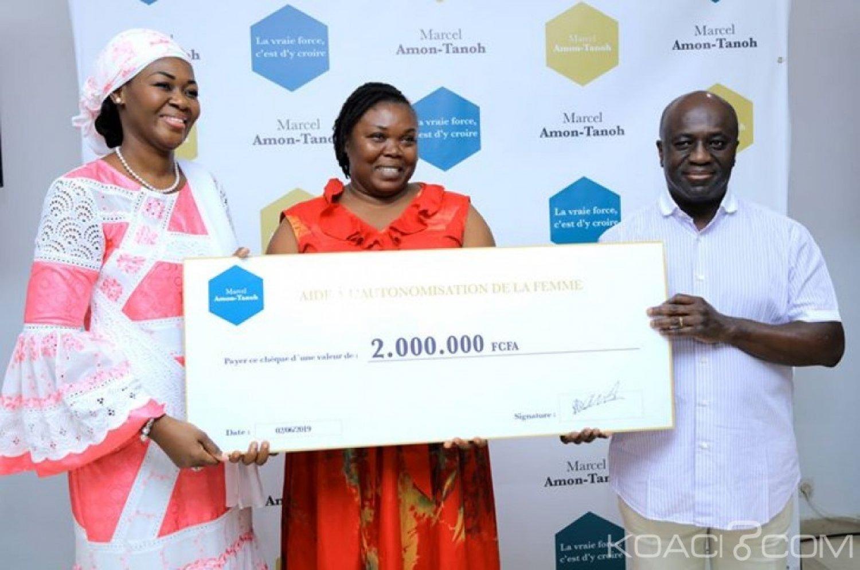 Côte d'Ivoire : Marcel Amon-Tanoh et son épouse offrent 10 millions de FCFA à des femmes du secteur informel et à des associations féminines pour leur autonomisation