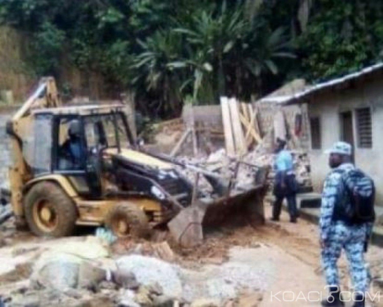 Côte d'Ivoire : Sans abris,  les populations  déguerpies du quartier  Fanny veulent  envahir la mairie de Yopougon