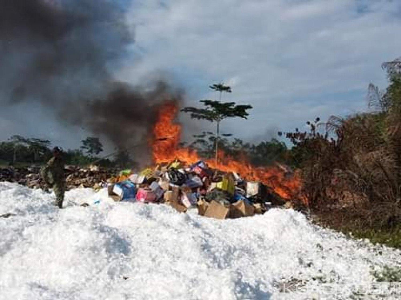 Côte d'Ivoire : Aboisso, estimés à 153 millions, des produits prohibés incinérés par la douane