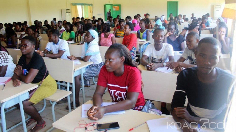 Côte d'Ivoire : 38 000 Etudiants ont bénéficié  d'environ 15 milliards de FCFA de bourses au  titre de l'année académique 2017-2018