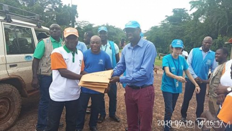 Côte d'Ivoire :  Le Représentant du HCR en Côte d'Ivoire a accueilli aujourd'hui le 1000 ème  réfugié de l'année en prélude à la journée mondiale du réfugié prévu demain