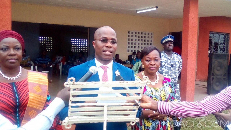 Côte d'Ivoire : Diabo, célébrant les pères et mères de sa localité,  le maire s'insurge « ce n'est pas normal que nos populations n'ont pas de l'eau potable»