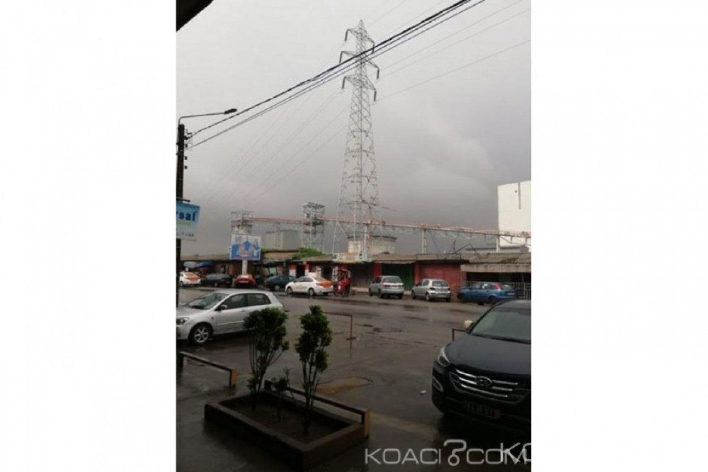 Côte d'Ivoire: Alerte à Treichville, une usine construit des rampes métalliques sous des pylônes électriques