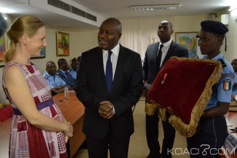 Côte d'Ivoire : En fin de mission, Diallo Siw Dörte de la GIZ élevée par les autorités ivoiriennes au grade de chevalier de l'ordre national