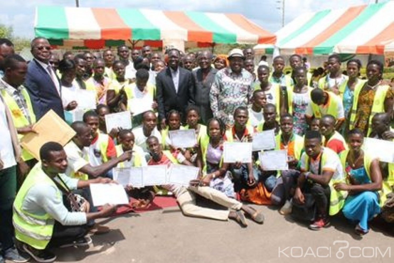 Côte d'Ivoire :  La Banque mondiale finance la phase additionnelle du PEJEDEC à hauteur de 30 milliards de FCFA pour l'insertion socio-professionnelle de 31.500 jeunes