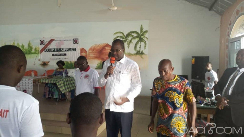 Côte d'Ivoire: 2020, depuis Yopougon, le mouvement citoyen «coup de sifflet» exige le retrait de tout  politicien de la CEI