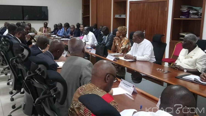 Côte d'Ivoire : CEI, face à « l'échec » des discussions, des Partis d'oppositions et trois groupes parlementaires d'accords pour des actions communes