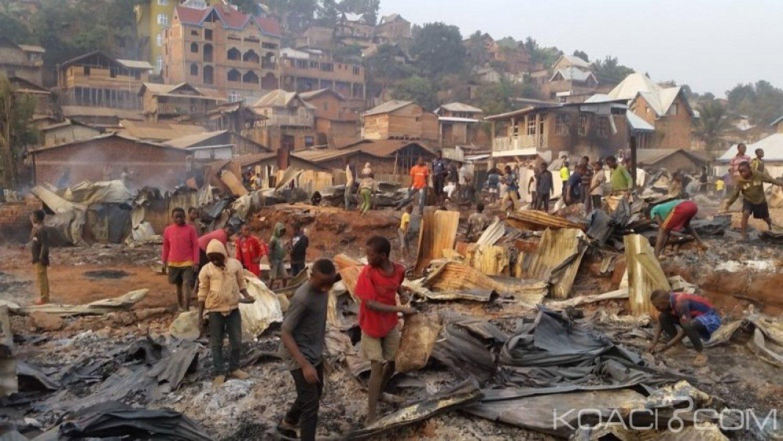 RDC: A Bukavu ,des dizaines de maisons partent en fumée dans un incendie
