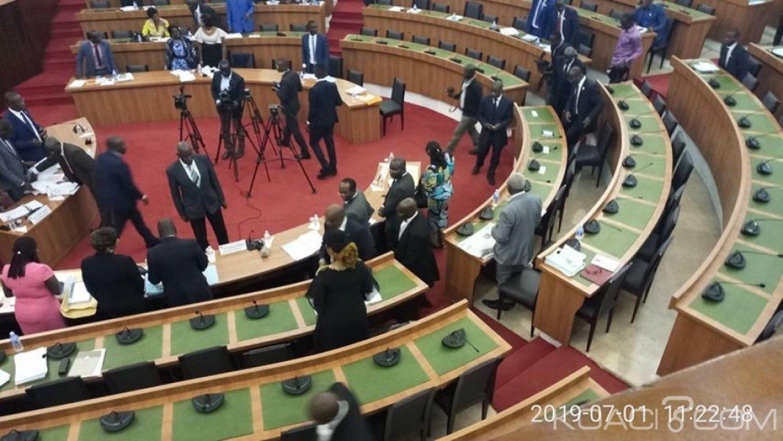 Côte d'Ivoire : Assemblée nationale, la Commission des relations extérieures a examiné puis adopté le projet de loi portant ratification de la convention de Minamata sur le Mercure