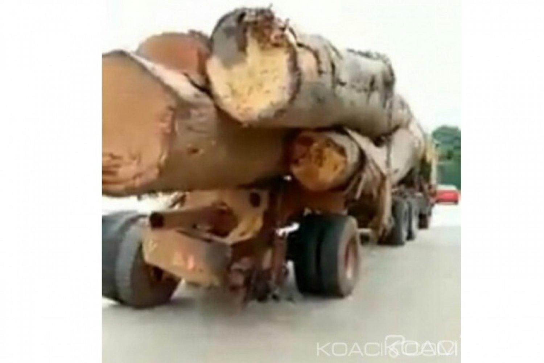 Côte d'Ivoire: Bouaké, malgré ses deux pneus arrière en moins, un grumier traverse la ville avec son chargement