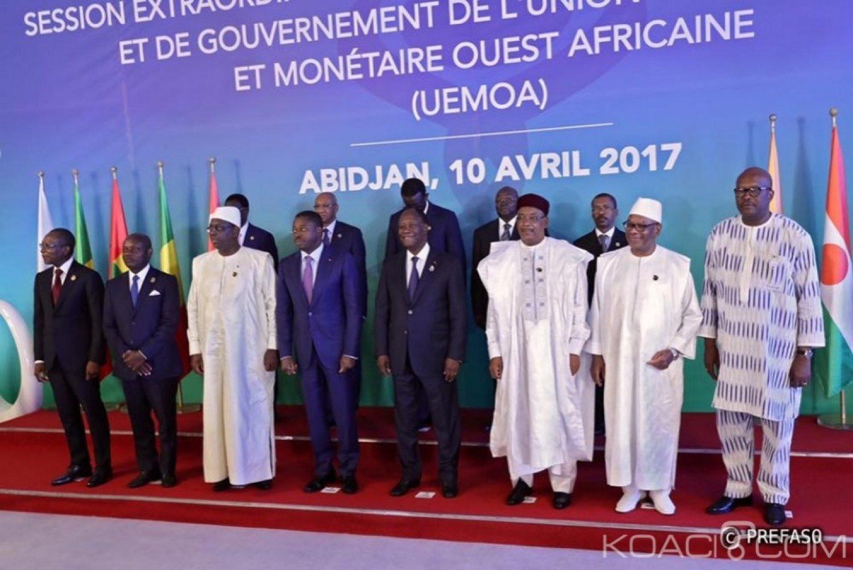 Burkina Faso : Le président Kaboré à Abidjan pour la conférence de l'Uemoa